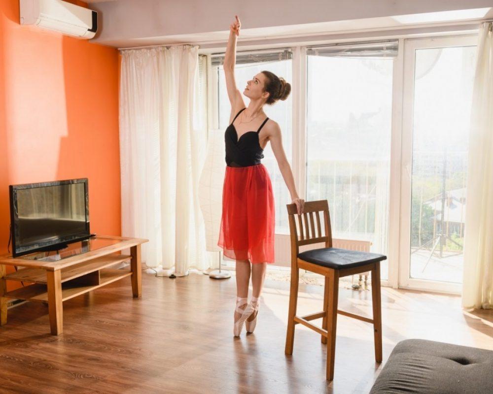 ballet_dance_at_home.jpg